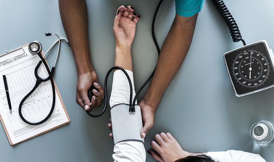 magas vérnyomás kezelése hidronephrózissal)
