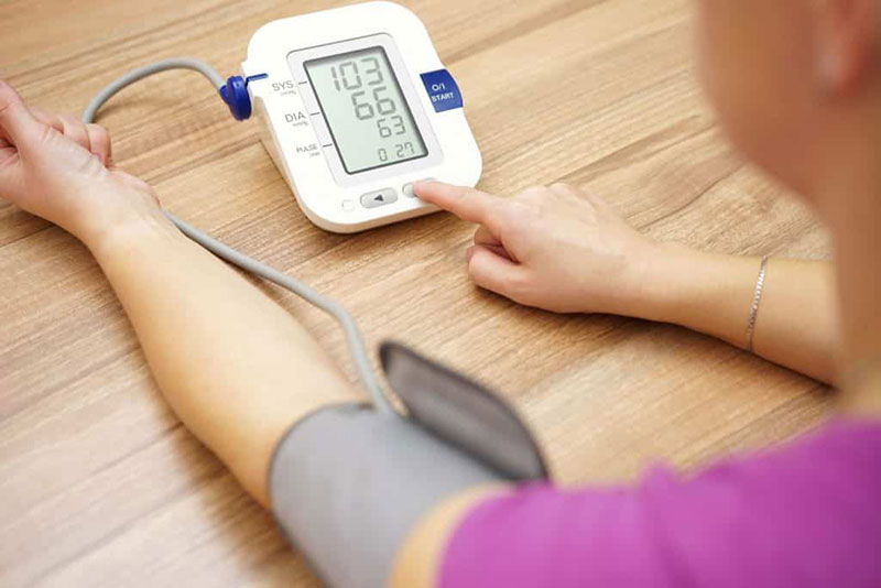 kapcsolat a magas vérnyomás és az anaemia között