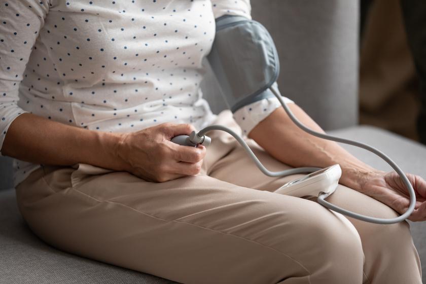magas vérnyomás és agyalapi mirigy adenoma a szív magas vérnyomásával határos