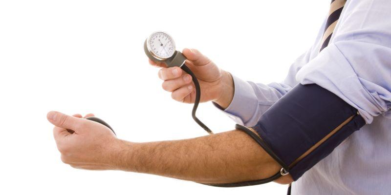 felső alsó nyomás hipertónia magas vérnyomás 2 stádium 4 kockázati csoport