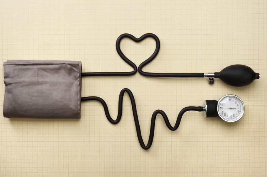 magas vérnyomás 2 kockázat3)