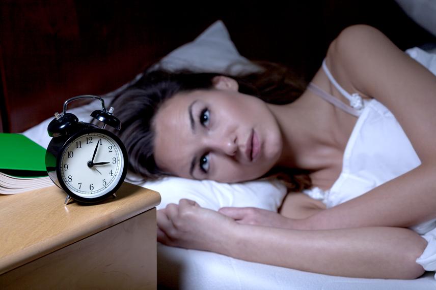 álmatlanság és magas vérnyomás)