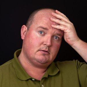 magas vérnyomásban szenvedő férfi