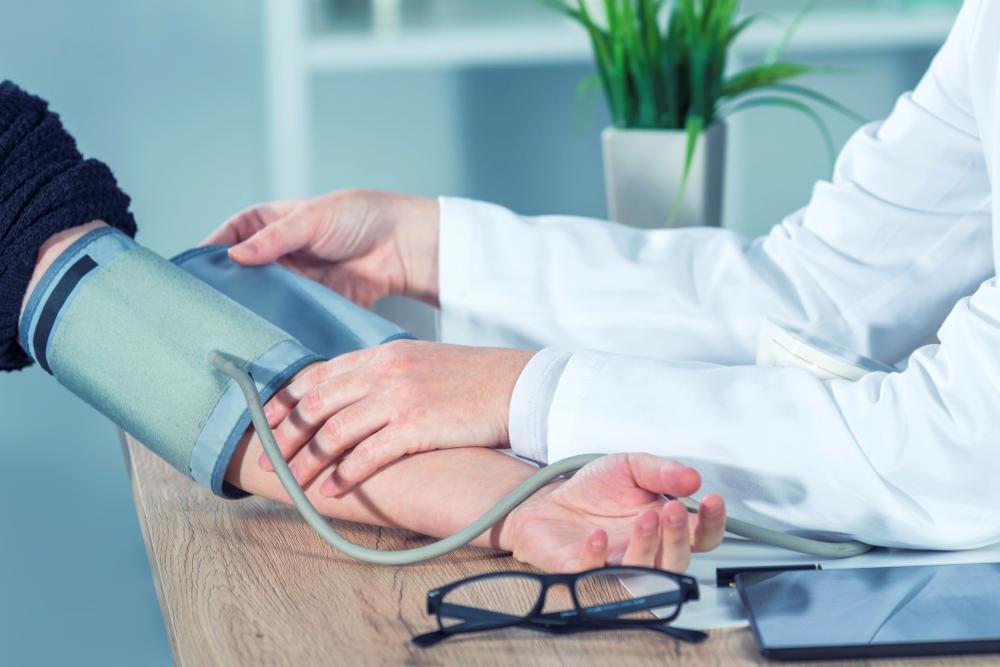 magas vérnyomás 2 fokozatú 4 kockázat magas vérnyomás kezelése idős gyógyszereknél