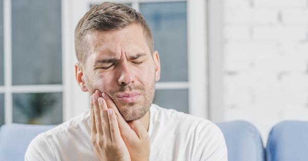 fejfájás a hátsó fejben és magas vérnyomás