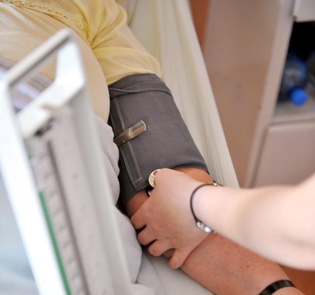 magas vérnyomás nyak masszírozó a magas vérnyomás betegségeinek megelőzése