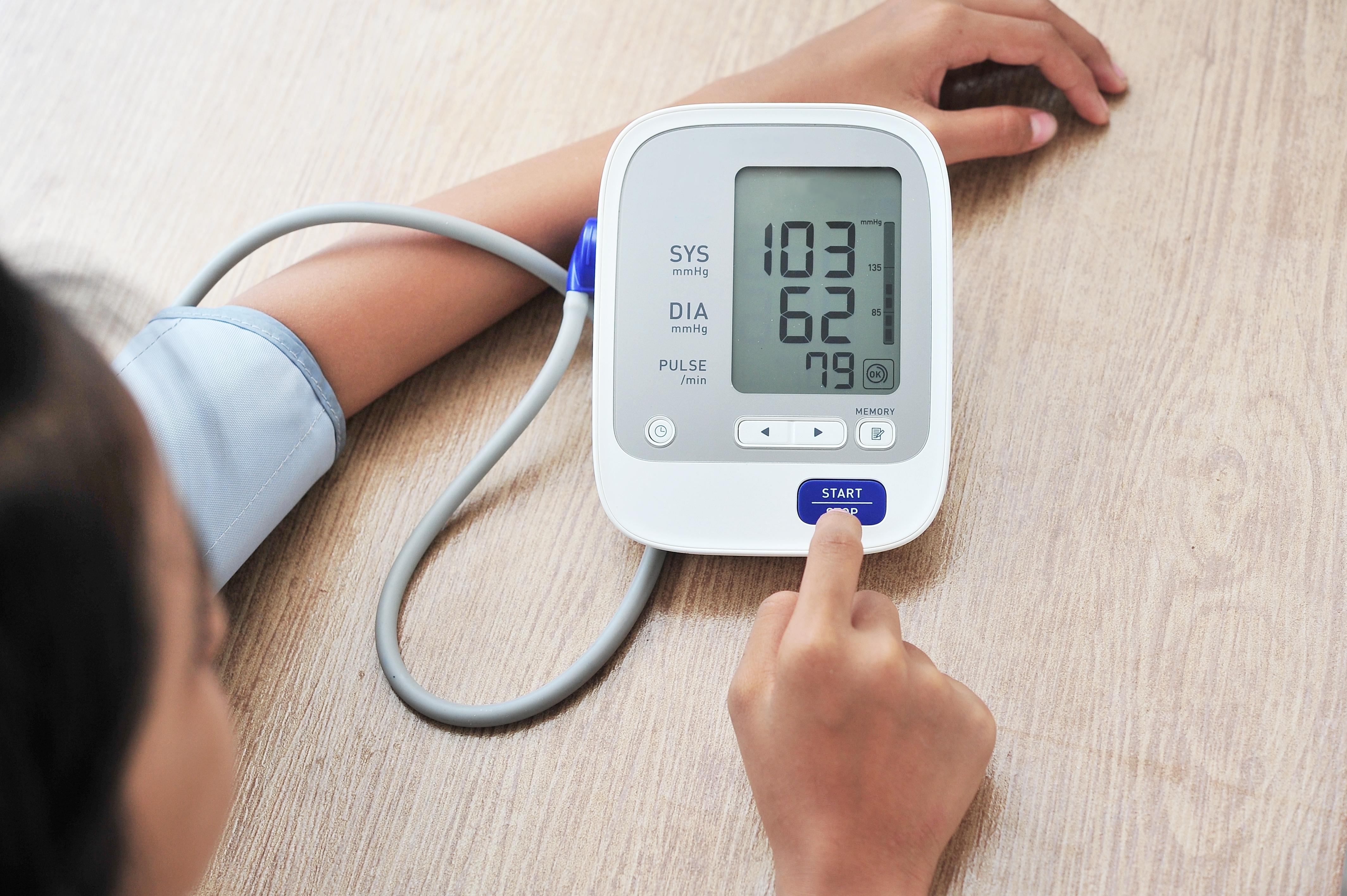 alacsony vérnyomás)