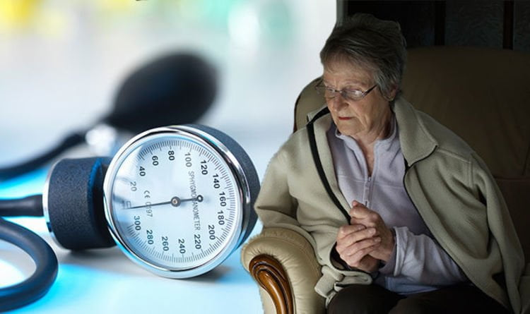 magas vérnyomás nővér)