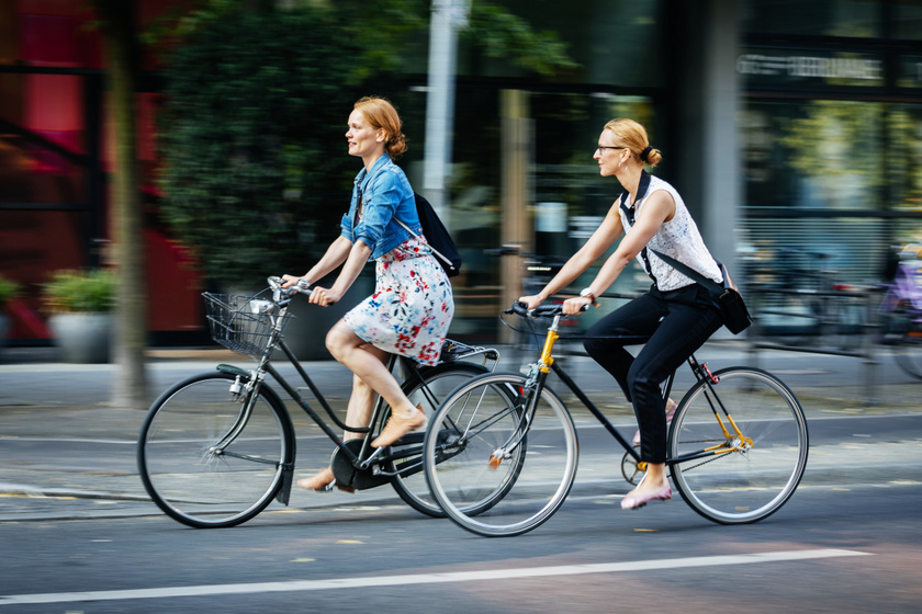 gyakoroljon álló kerékpáron magas vérnyomás ellen)