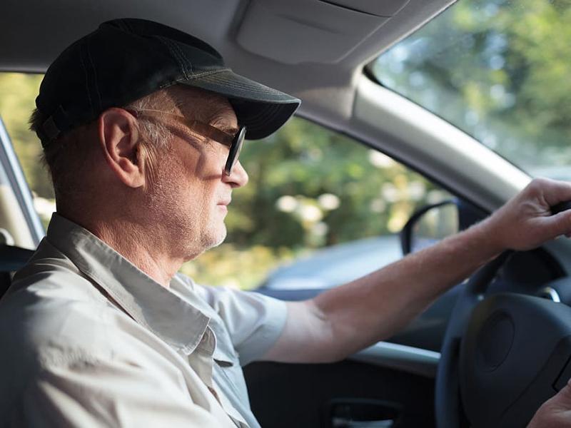 magas vérnyomású autó vezetése
