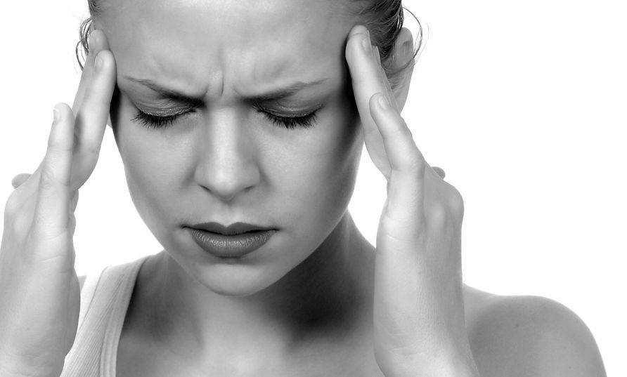 fejfájás a hátsó fejben és magas vérnyomás)