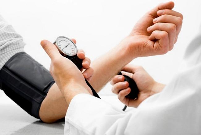 életmódot váltani magas vérnyomás esetén)