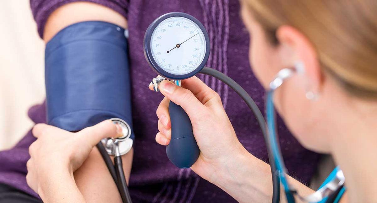 magas vérnyomás beszélgetésmegelőzése életkora a magas vérnyomásban szenvedő nőknél