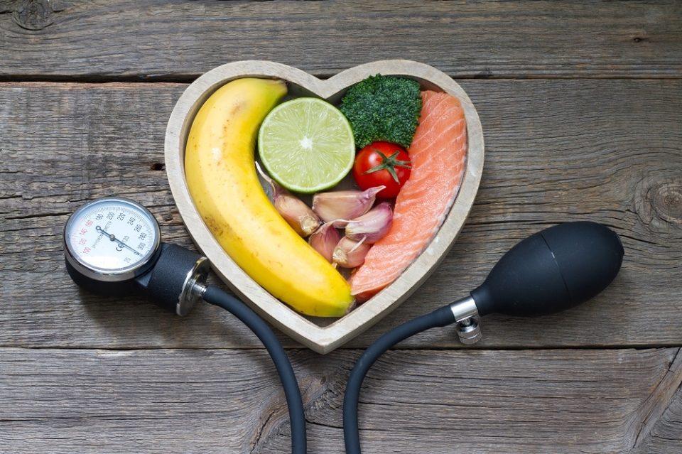 táplálék magas vérnyomás és szív- és érrendszeri betegségek esetén)