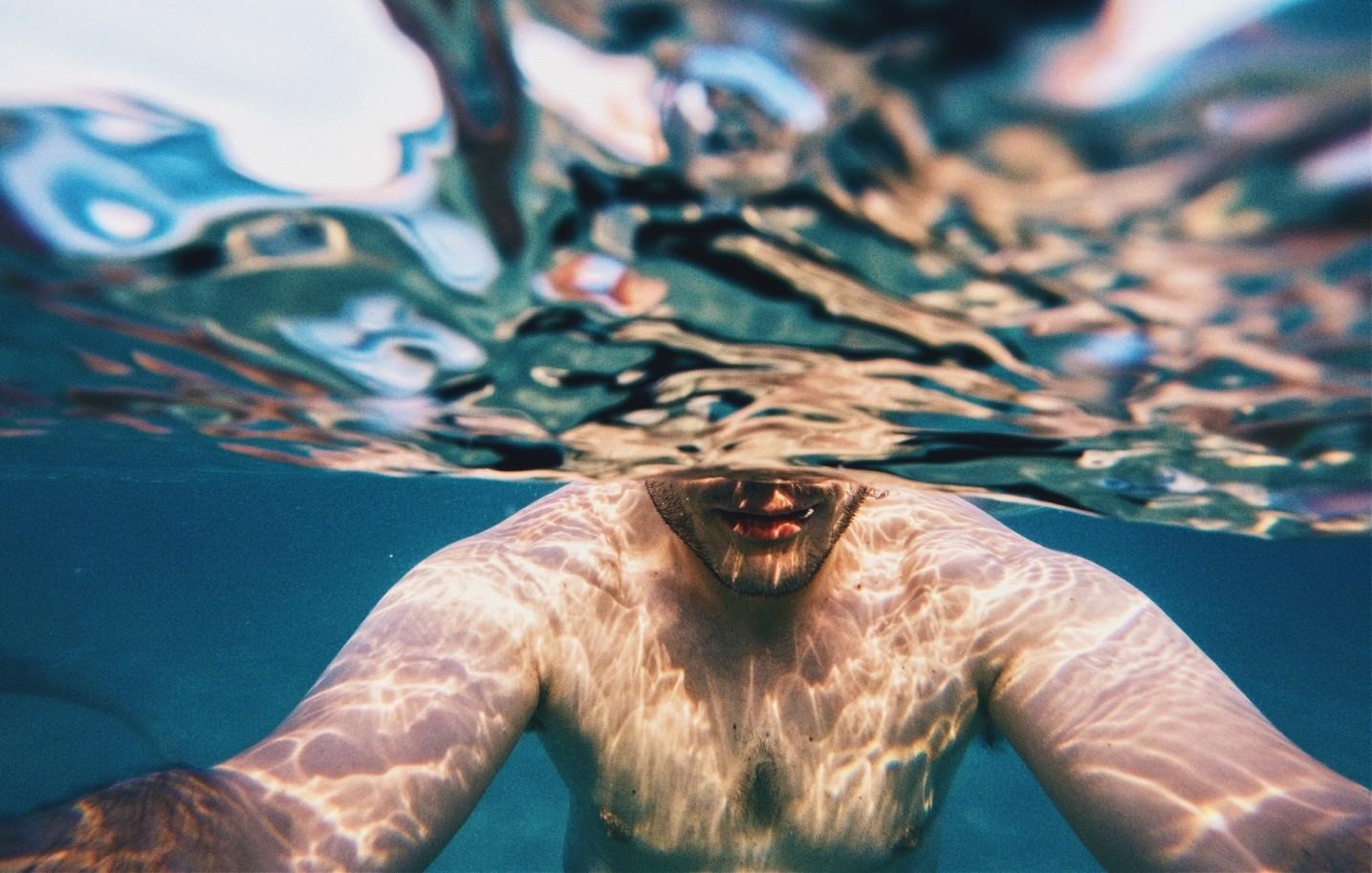 magas vérnyomás és úszás)