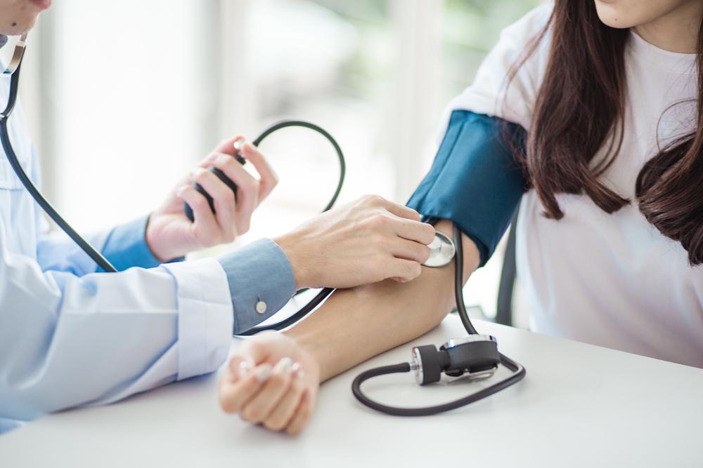 szimpato-mellékvese rendszer és magas vérnyomás)