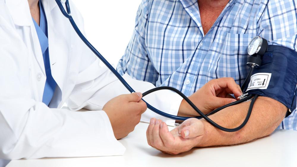 Magas a vérnyomásod? Itt a 7 pontos házi kúra, amivel alacsonyan tarthatod - HelloVidék