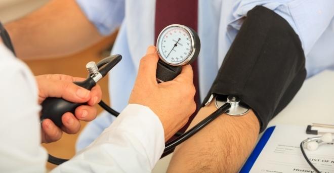 egészséges életmód a hipertónia kezeléséről magas vérnyomás ízületeire