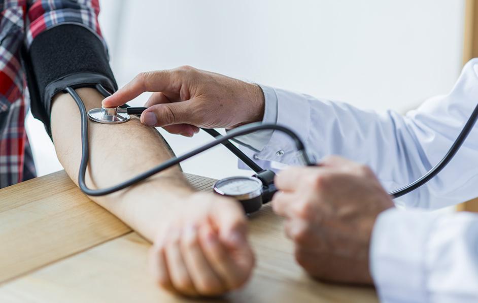 hogyan lehet megszabadulni a magas vérnyomástól Viktor Atyuk