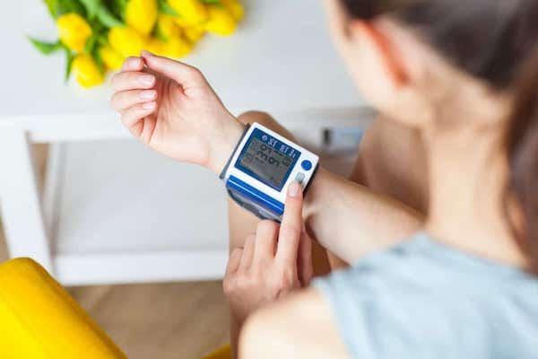 a magas vérnyomás gyógyszerek nélküli kezelésének módszerei
