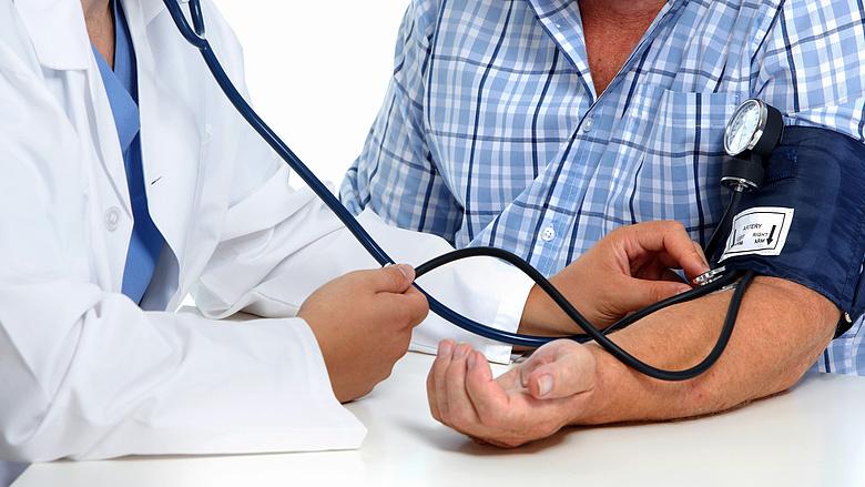 magas vérnyomású vízi eljárások)