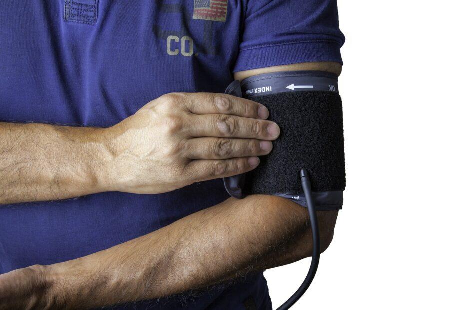 jódcsík a csuklón magas vérnyomás esetén lehetséges-e hipertóniában szenvedő donornak lenni