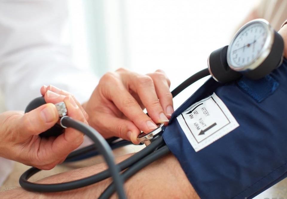 magas vérnyomás és endocarditis